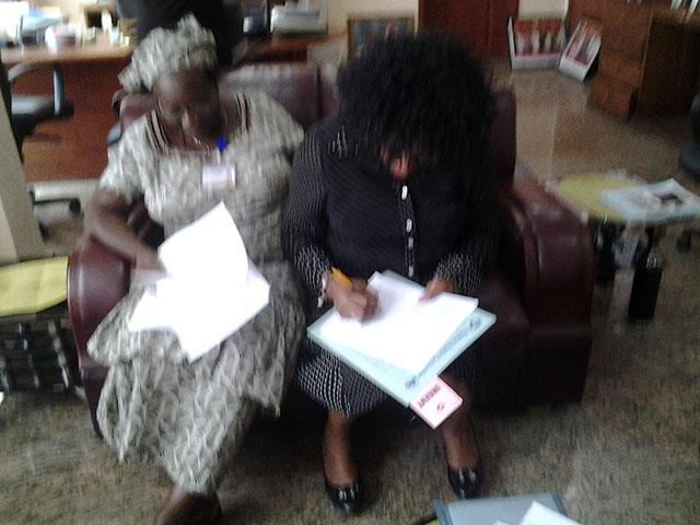 Dr. Titi Eniola (Director of Social Workers), Omoniyi Ogodo-Bach (President of IKH e. V.)